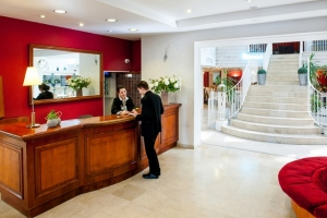 HPH109-Accueil.Hotel-Saint-Sauveur.Lourdes